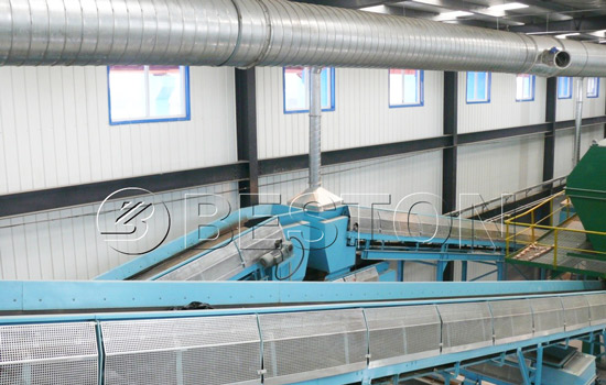 Belt conveyor in garbage sorting plant